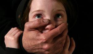 κακοποίηση-παιδιών