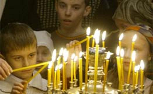 """""""Σήμερα ,που απομακρύνουν τα παιδιά από την Εκκλησία, πώς έχουν αγριέψει! (άγιος Παΐσιος)"""