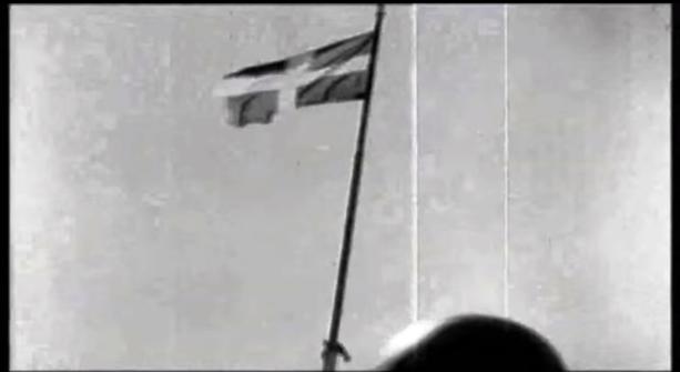 η ελληνική σημαία κυματίζει ξανά στον Ιερό Βράχο της Ακρόπολης